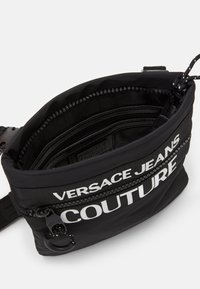 Versace Jeans Couture - UNISEX - Taška spříčným popruhem - nero - 4