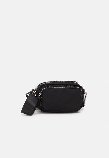 BEA BAG - Across body bag - black
