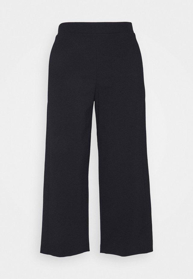 CULOTTE - Trousers - pure black