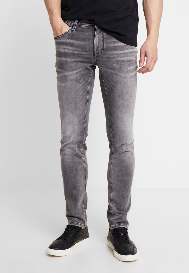 OZZY  - Jeans Tapered Fit - steel greey