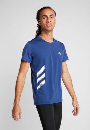 OWN THE RUN 3STRIPES SHORT SLEEVE TEE - T-shirts print - tech indigo