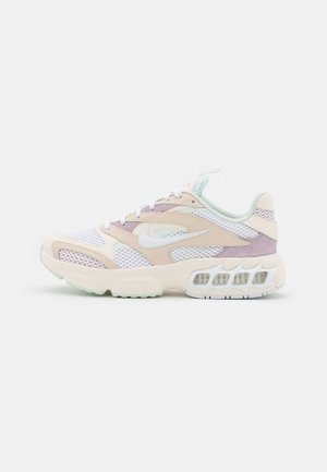 ZOOM AIR FIRE - Joggesko - pearl white/white/pale ivory/iced lilac/barely green