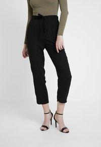 Monki - PALEY TROUSERS - Pantalones - black - 2