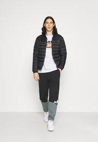 adidas Originals - PHOTO TEE - Print T-shirt - white - 1