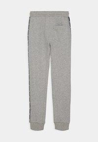 Automobili Lamborghini Kidswear - SHIELD TAPE PANTS - Tracksuit bottoms - grey antares - 1