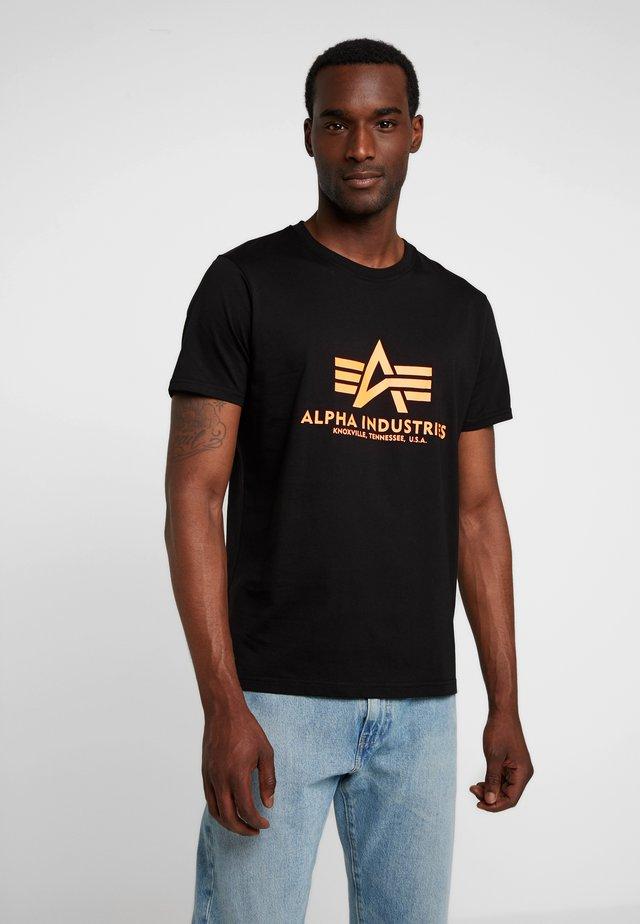 BASIC - Print T-shirt - black /neon orange