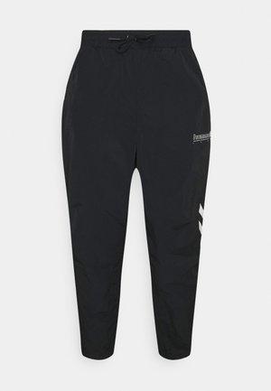 MUSA REGULAR PANTS - Pantaloni sportivi - black