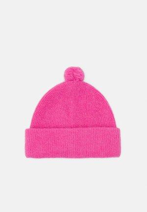 Beanie - pink medium