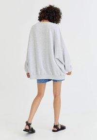 PULL&BEAR - Sweater - mottled grey - 2