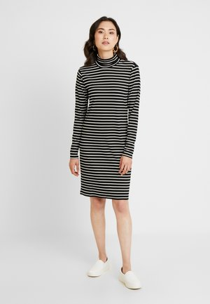 LIDDY ROLLNECK DRESS - Sukienka z dżerseju - black deep/chalk
