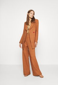 Alice McCall - DO RIGHT PANT - Kalhoty - tobacco - 1