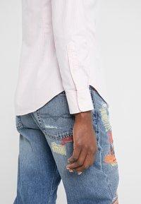 Polo Ralph Lauren - OXFORD KENDAL SLIM FIT - Button-down blouse - pink/white - 4