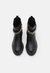 Call it Spring - VEGAN LOGANN - Platform ankle boots - black - 5