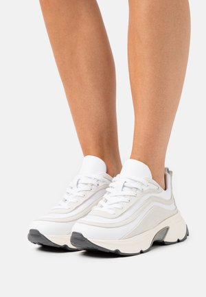 SCARPA SHOES - Trainers - white