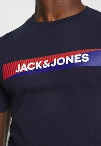 Jack & Jones - JACTREVOR TEE - Pyjama top - maritime blue - 4
