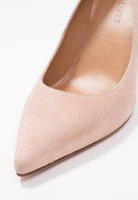 Pura Lopez - Zapatos altos - nude - 2