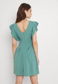 WAL G. - JESSIE SKATER DRESS - Sukienka letnia - sage green - 3