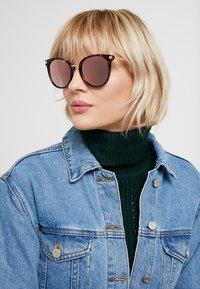 Polaroid - Sunglasses - brown - 1