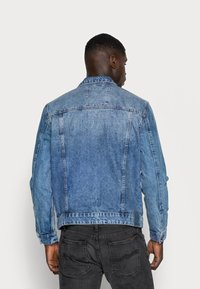 Only & Sons - ONSCOIN TRUCKER  - Veste en jean - blue denim - 2
