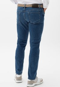 BRAX - STYLE CHUCK - Jeans Skinny Fit - authentic blue used - 2