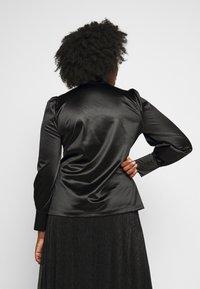 Vero Moda Curve - VMNIMI  - Blouse - black - 2