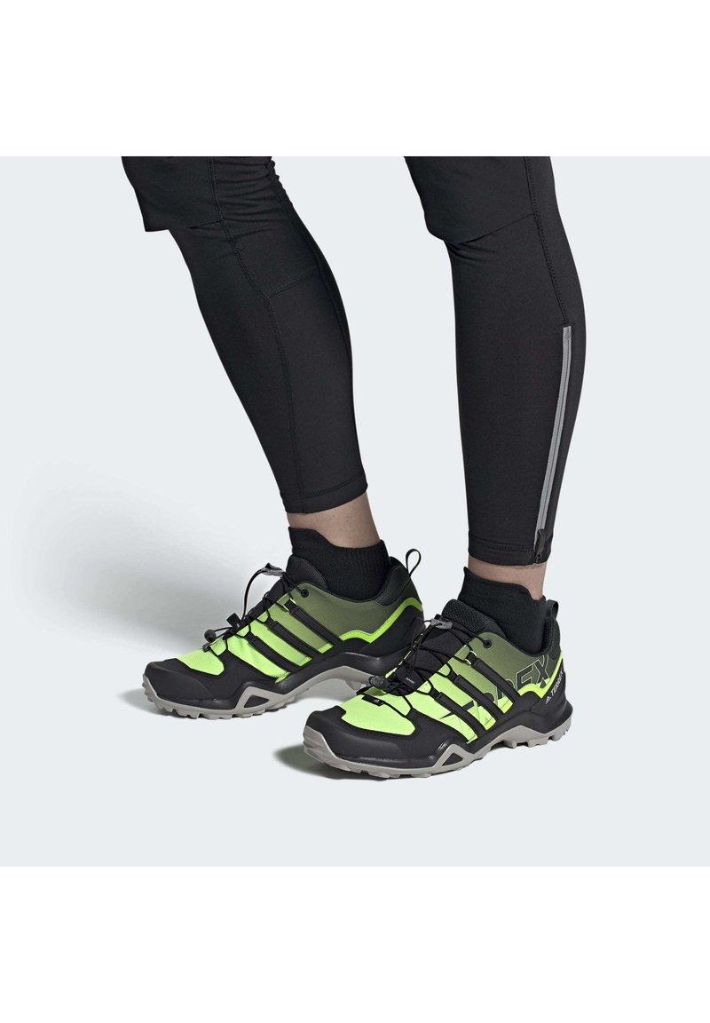 adidas Performance - TERREX SWIFT R2 HIKING SHOES - Hikingsko - green