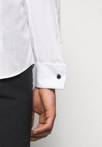 JOOP! - PAULY - Formal shirt - white - 7