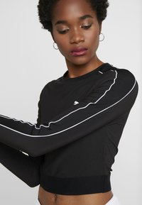 Puma - CLASSICS - Long sleeved top - black - 4