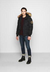 Alessandro Zavetti - ZAVETI CANADA TURVENO BOMBER - Winter jacket - black - 1