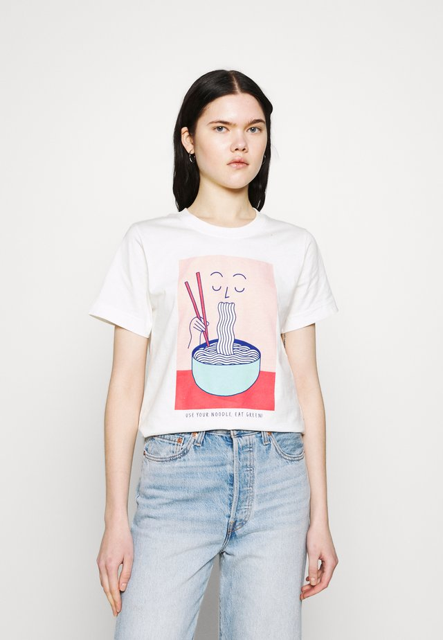 MYSEN NOODLE - Print T-shirt - off-white