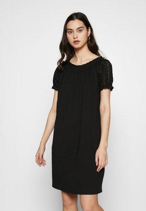 ONLVANNA DRESS - Žerzejové šaty - black
