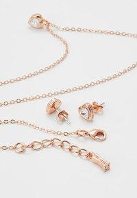Ted Baker - HADEYA HEART GIFT SET - Earrings - rose gold-coloured - 3