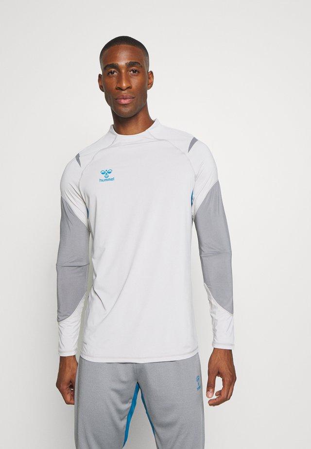 HMLINVICTA - T-shirt de sport - gray violet/sharkskin