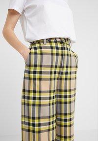 CLOSED - LYN - Trousers - lemon peel - 4