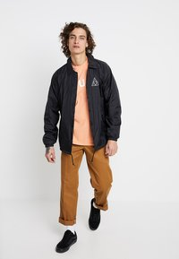 HUF - ESSENTIALS COACHES JACKET - Summer jacket - black - 1