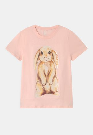 STEVIE EMBELLISHED  - Triko s potiskem - crystal pink/watercolour bunny