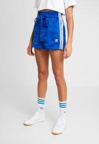 adidas Originals - Shorts - collegiate royal - 0