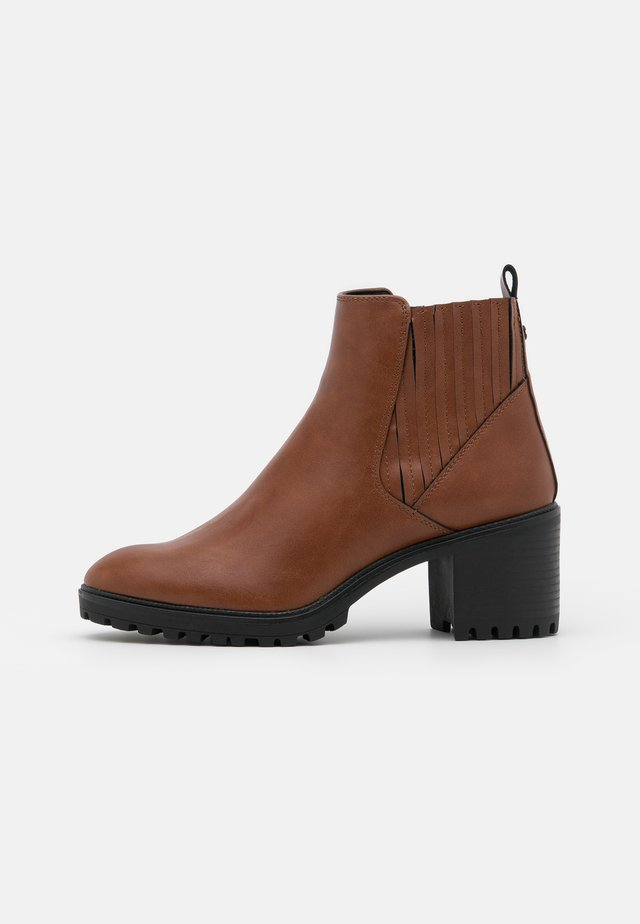 DENIA  - Ankle boot - toffee