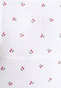 Hollister Co. - Kjole - white cherry - 5