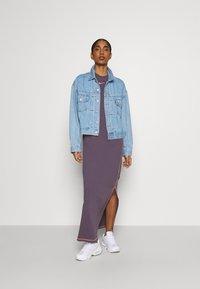 Nike Sportswear - DRESS - Vestido largo - dark raisin/bright mango - 1