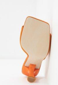 Jeffrey Campbell - MR-BIG - Heeled mules - orange - 6