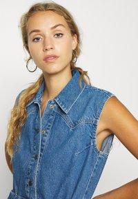 Lee - DRAWSTRING DRESS - Denim dress - clean callie - 3