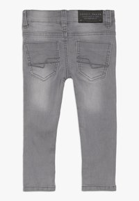 Esprit - PANTS - Slim fit jeans - mid grey denim - 1