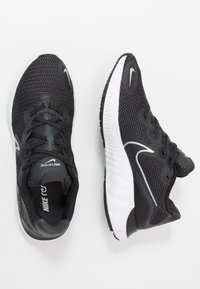 Nike Performance - RENEW RUN - Neutral running shoes - black/metallic silver/white/dark smoke grey/particle grey - 1