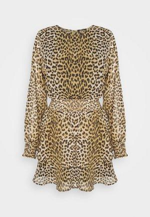 ALVA DRESS - Vestido informal - brown