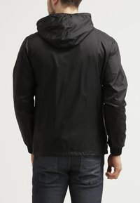 Urban Classics - Summer jacket - black - 3