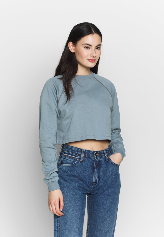 CROPPED RAGLAN  - Sweatshirt - blue