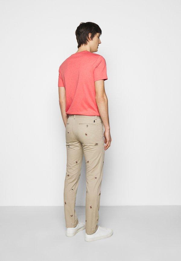 Polo Ralph Lauren SLIM FIT BEDFORD PANT - Chinosy - tan/beżowy Odzież Męska RWZC