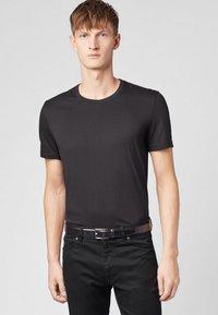 BOSS - TIBURT  - T-Shirt basic - black - 0
