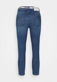 HUGO - CHARLIE CROPPED - Jeans Skinny Fit - bright blue - 7